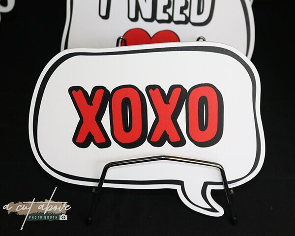 XOXO Photo Booth Prop Speech Bubble